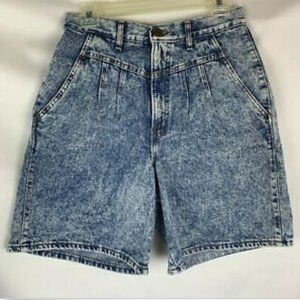 chic vintage jean shorts size 9 blue acid mom type
